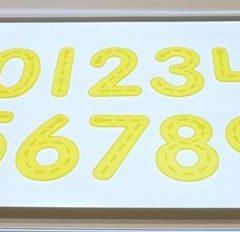 Silikoniniai skaičiai šviesos stalui, geltoni