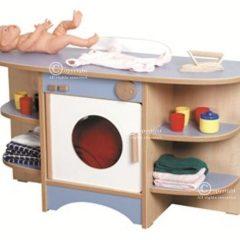 Lėlių vystymo stalas – skalbyklė