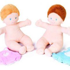 Mergaitė – anatomiškai taisyklingas kūdikis