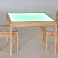 Medinis šviesos stalas su kėdutėmis (2 vnt.)